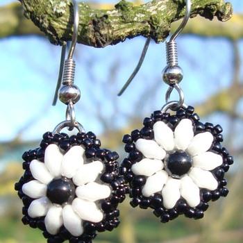 Oorbellen Mylana - Wit/zwart