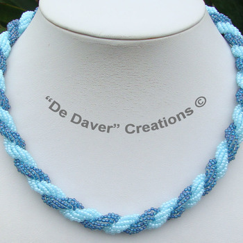 Collier - Double spiral - Turquoise/capri blue