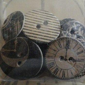 GR45 Staples - chipboard buttons