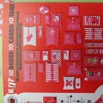 set doosjes, kaarten, hangertjes
